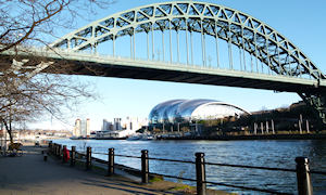 Tyne bridge with Sage Gateshead and Baltic Museum
